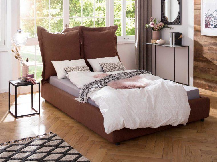 Dee bed
