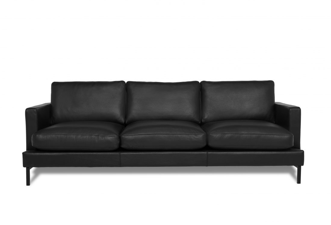 KVILLE 3 seater with 3 sitting cushions (SEVILLA leather black) front