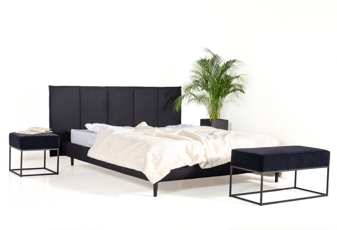 LEE BED (black) side interior